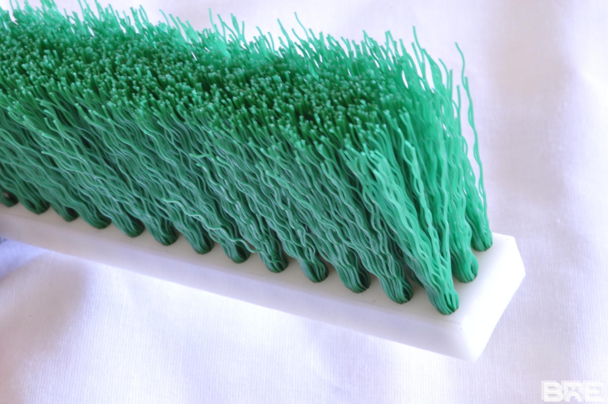 Brosse plate nylon ondulé